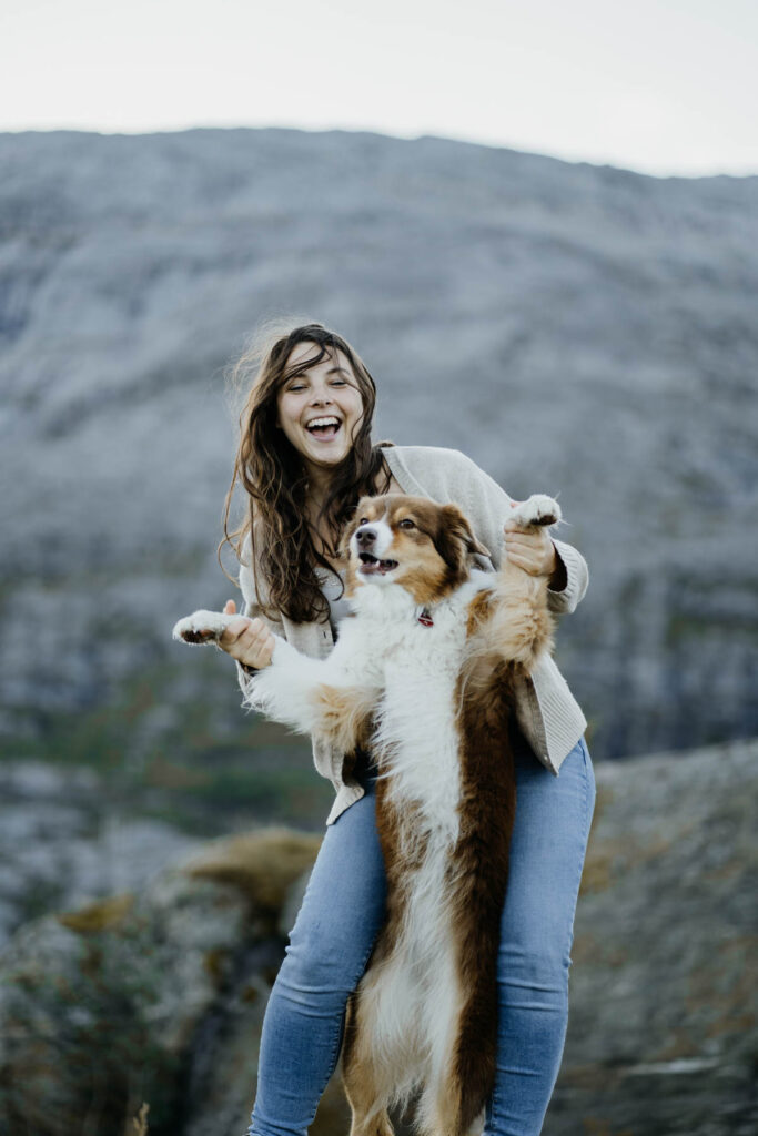 Foto von Franzi und ihrer Australian Shepherd Hündin Aimee